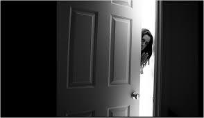 Girl closing door & Shutting the Door in Godu0027s Face (Having a Samaritan heart) | The ... pezcame.com